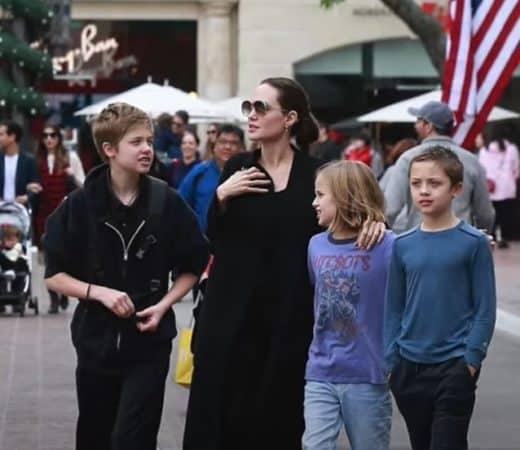 Angelina Jolie et ses enfants à Los Angeles