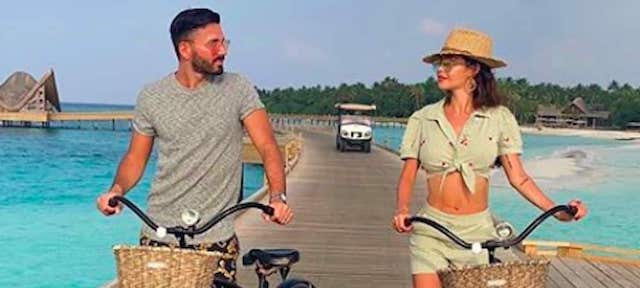 Nabilla: sa grosse gamelle en vélo fait hurler de rire les internautes !