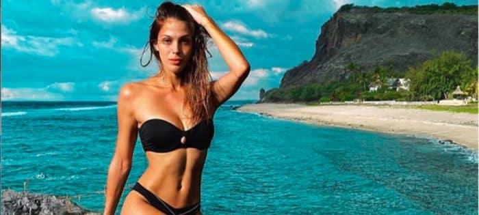 Iris Mittenaere: l'ex Miss hyper sexy en top moulant et transparent !
