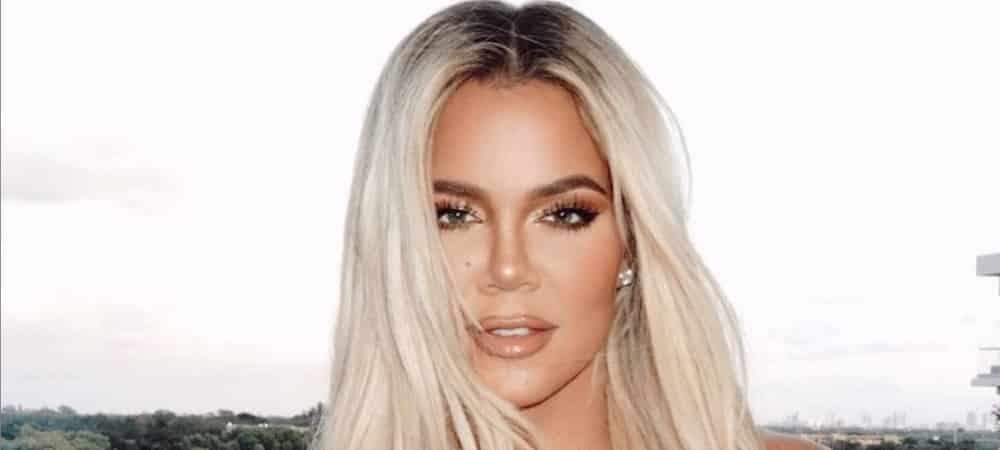 Khloé Kardashian gâche du papier toilette et se fait violemment lyncher 1000