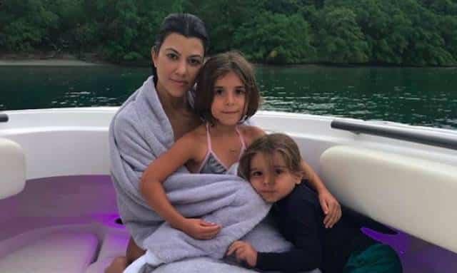 Kourtney Kardashian très fusionnelle avec son fils Reign !