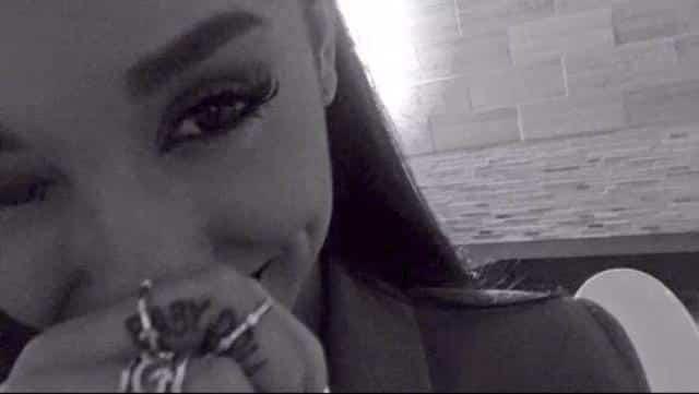 Ariana Grande vient de révéler deux nouveaux tatouages sur Instagram !