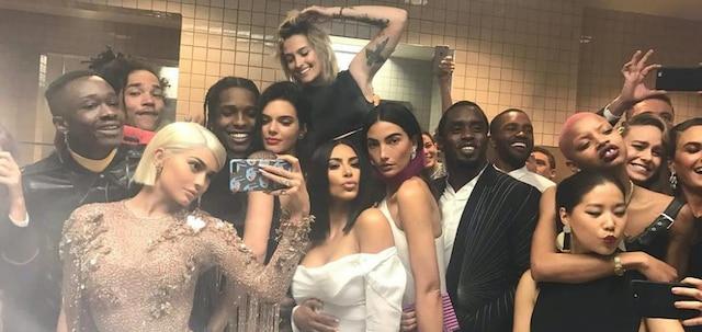 Kendall Jenner: la soeur de Kylie dévoile ses tenues sexy du MET Gala !