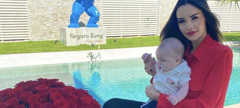 Nabilla fait craquer la Toile avec cette photo de Milann âgé de 3 jours !