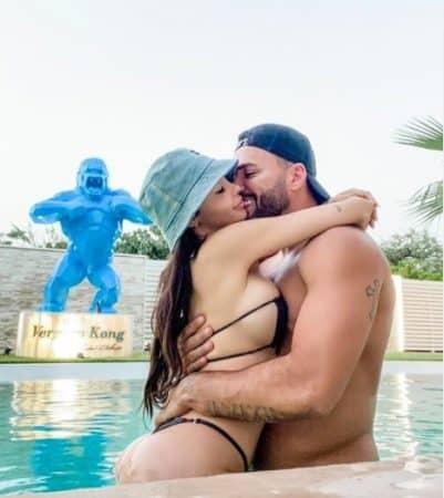 Nabilla s'affiche en bikini string très échancré sur Instagram !