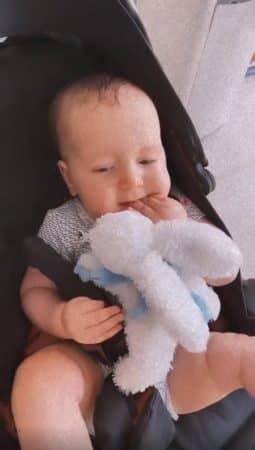 Nabilla: son petit Milann a enfin un doudou préféré !