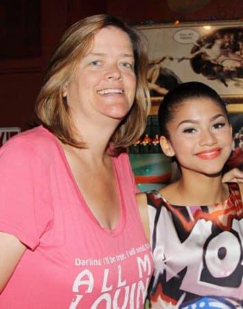 Zendaya: son beau clin d'oeil à sa maman en pleine remise des diplômes !