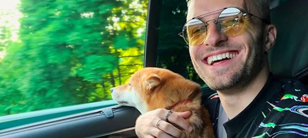 Squeezie: son chien Natsu est un vrai mangeur d'hommes !