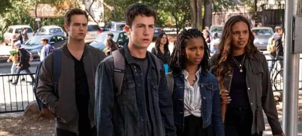 13 Reasons Why: Dylan Minnette imagine une suite hilarante pour la saison 5 !