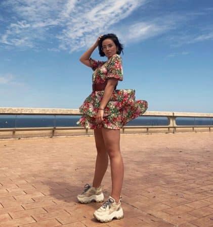 Agathe Auproux en petite robe sexy en week-end à Monaco 640