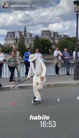Agathe Auproux impressionnée par un artiste de rue à Paris 640