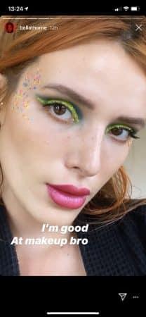 Bella Thorne s'affiche avec un make up multicolore très perturbant 640