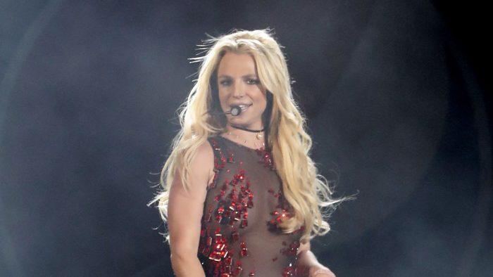 Britney Spears: les fans réclament une statue pour la chanteuse !