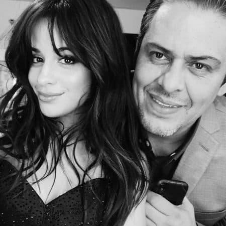 """Camila Cabello rend hommage à son papa dans le clip """"First Man"""" !"""
