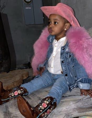 Cardi B et sa fille Kulture partagent le même goût pour le luxe 640
