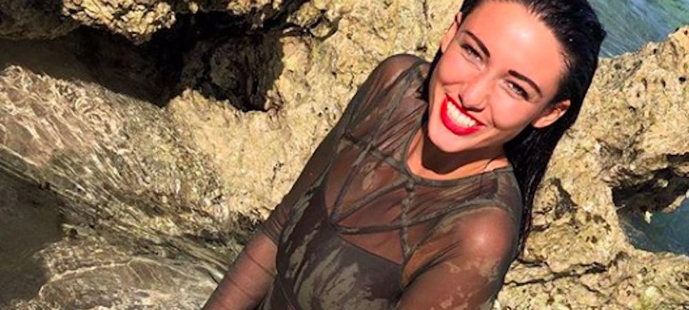 Delphine Wespiser joue les sirènes sexy sur Instagram !