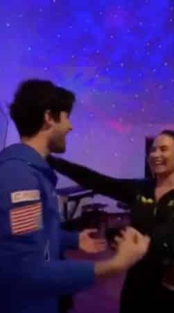 Demi Lovato- son escapade romantique avec Max Ehrich révélée 640