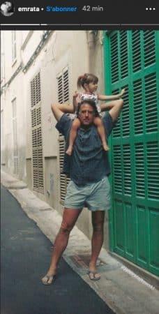 Emily Ratajkowski s'affiche enfant avec son papa pour la fête des pères !