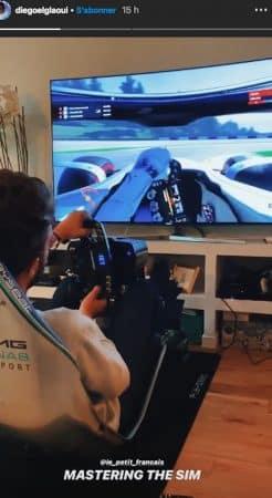 Iris Mittenaere: Diego s'éclate avec son simulateur de pilotage automobile !
