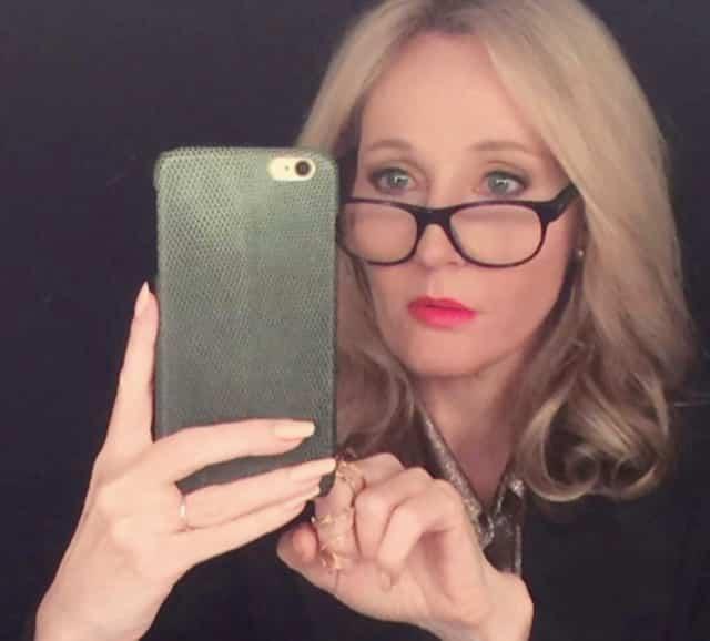 J.K Rowling (Harry Potter) boycottée par les employés de sa maison d'édition !