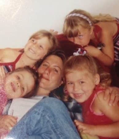 Jennifer Aniston est toujours très proche de la nièce de Brad Pitt 640