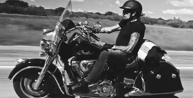 Johnny Hallyday- son dernier road trip à moto fera l'objet d'un film 640