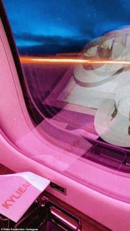 Kylie Jenner: l'intérieur de son avion privé va te choquer !