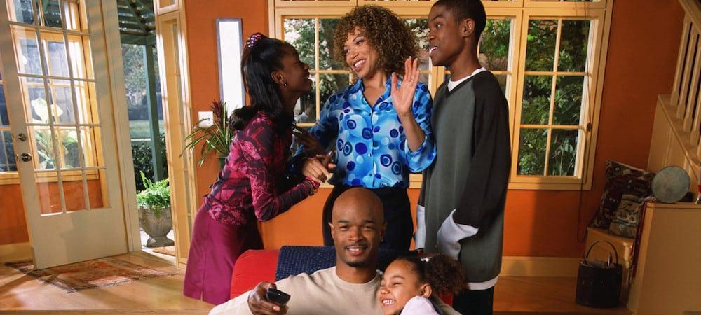 La série Ma Famille d'abord revient le 14 juin à la télé -06062020