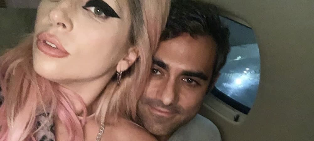 Lady Gaga s'affiche sans pantalon au bras de Michael Polanksy !