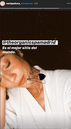 María Pedraza hyper sexy en peignoir sur Instagram !