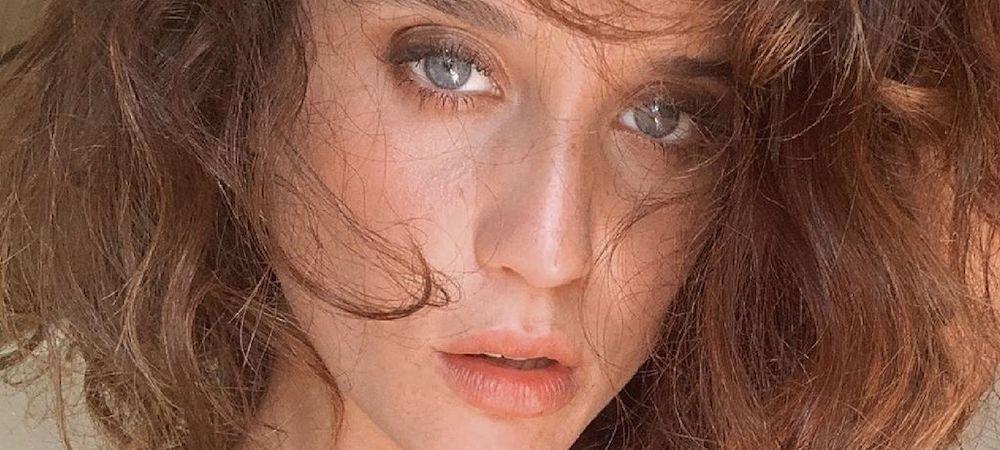 María Pedraza: un portrait époustouflant de l'actrice dévoilé !