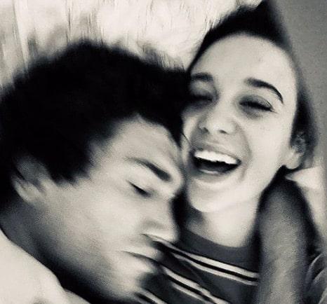 María Pedraza: un réalisateur lui fait un adorable clin d'oeil sur Instagram !