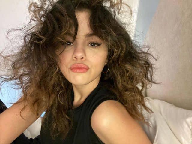 Selena Gomez poursuit son engagement et lance le Black Equality Fund !