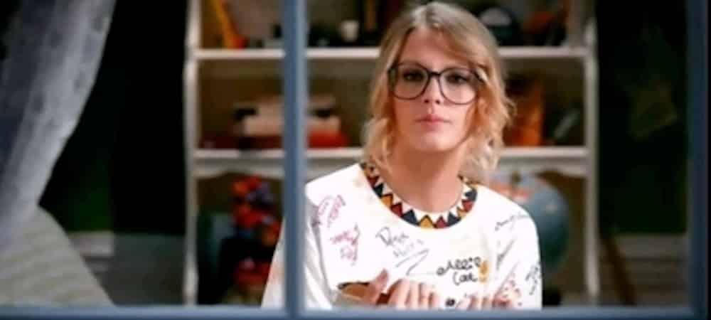 Taylor Swift fête les 11 ans du clip polémique You belong with me 1000
