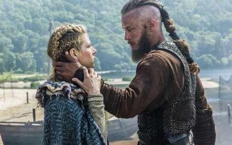 Vikings: le comportement de Travis Fimmel pendant le tournage révélé !
