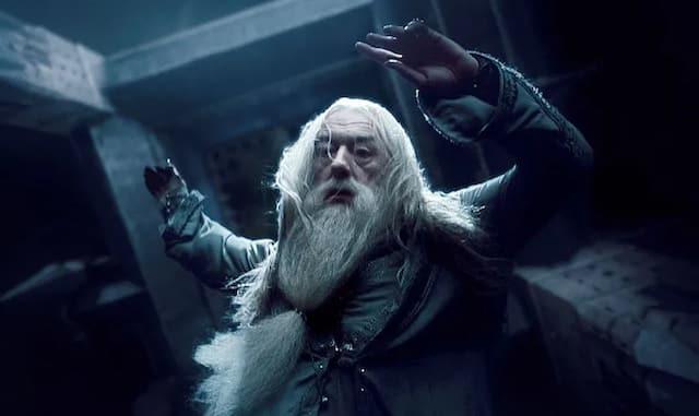 Harry Potter: Albus Dumbledore est mort à un âge très avancé !