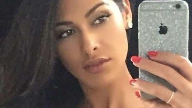 Ayem Nour: cette vidéo sensuelle d'elle en bikini !