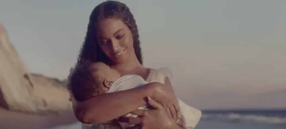 Beyoncé dévoile un beau portrait de ses jumeaux Sir et Rumi !