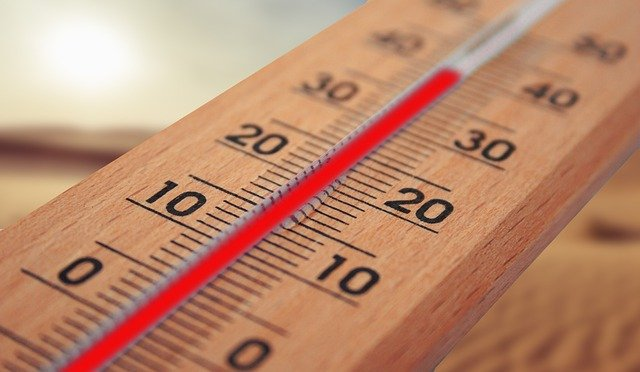 Canicule: comment rafraîchir son intérieur sans climatisation ?