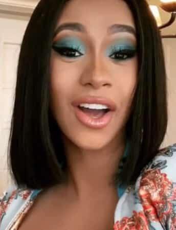Cardi B met fin au clash avec Nicki Minaj dans une interview