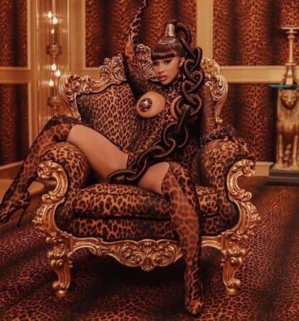 Cardi B s'affiche dans un look 100% Louis Vuitton sur Instagram 640