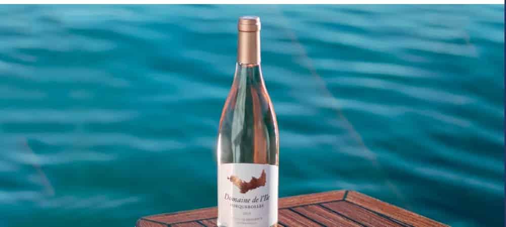 Chanel: la marque de luxe se lance dans le vin blanc et le rosé !