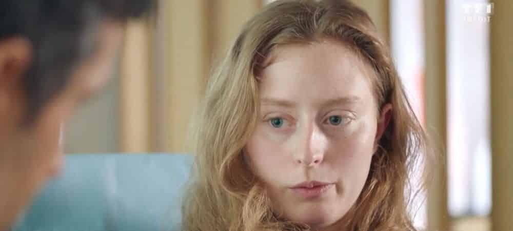 Demain nous appartient: Christelle propose à Laura de venir vivre chez elle !