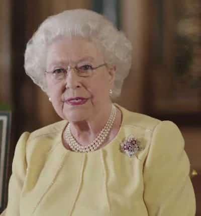 Elizabeth II retrouve enfin Kate Middleton, William et les enfants !