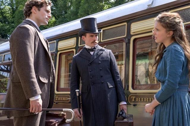 Enola Holmes: pourquoi Sherlock (Henry Cavill) est si différent des autres versions ?