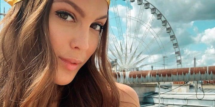 Iris Mittenaere: ces cinq bikinis qui lui vont si bien cet été !