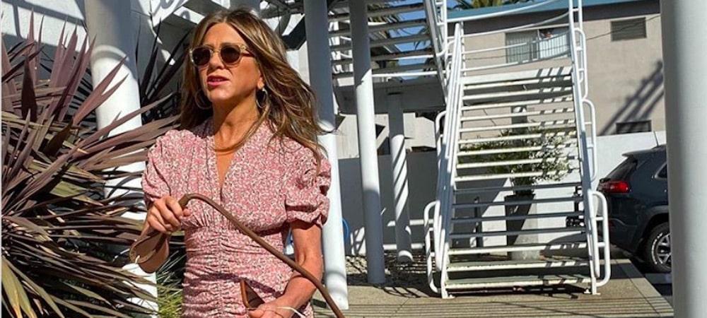 Jennifer Aniston très proche de Courteney Cox dans une vidéo 22082020-