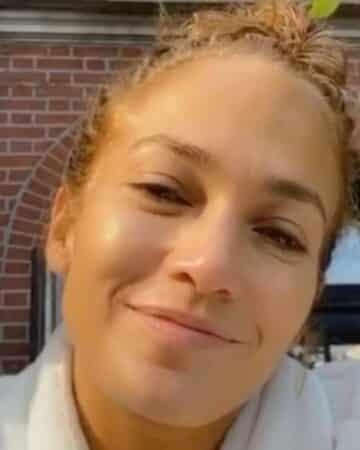 Jennifer Lopez sublime et sexy au naturel sur Instagram !