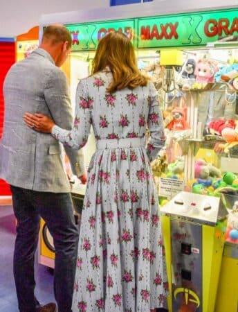 Kate Middleton et William sortent sans masque et se font ridiculiser