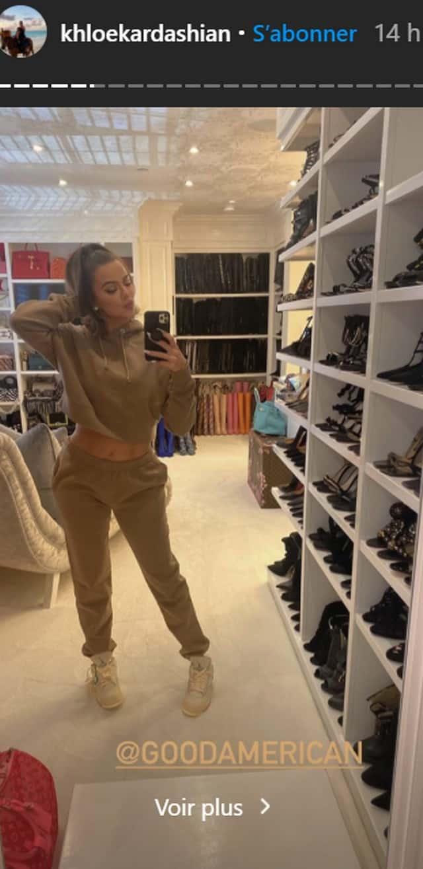 Khloé Kardashian s'affiche en tenue décontractée dans son immense dressing !